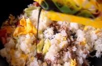 マルちゃん 炒飯の素 ソース味 やきそば弁当風味-4.jpg